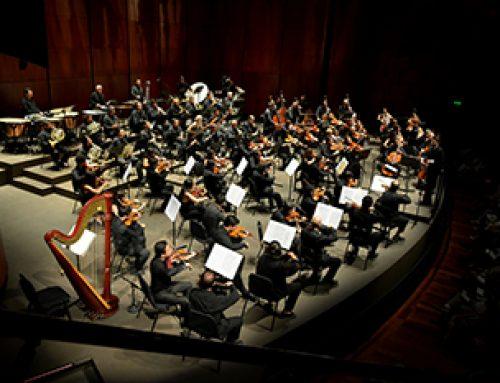 Festival Strauss aclamado de pie